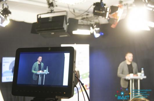 Мастер-класс Тимура Соловьева  «Специфика работы телеведущего: от а до я. Особенности работы телеведущего в прямом эфире»